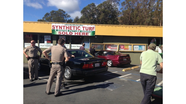 Car Plows Into Hardware In Mill Valley Gallery 1