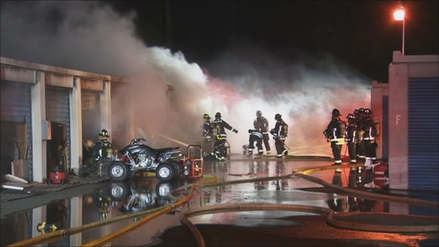 & Fire damages storage units in Alameda