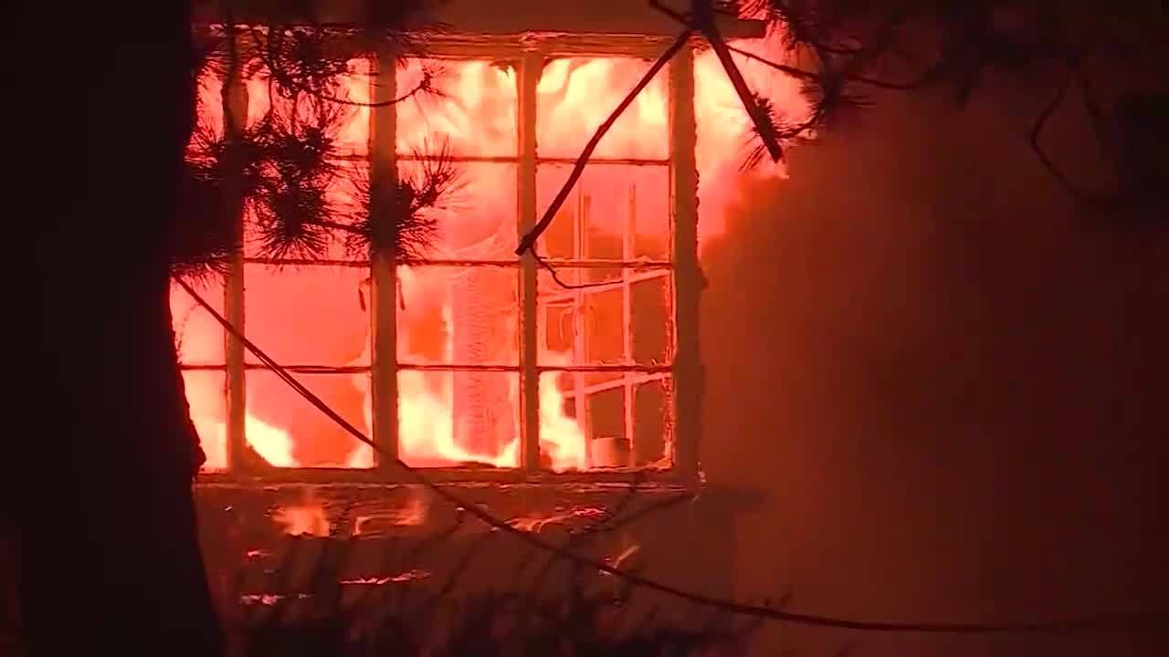 kron4.com - Ella Sogomonian - Scientists believe global warming linked to deadly wildfires