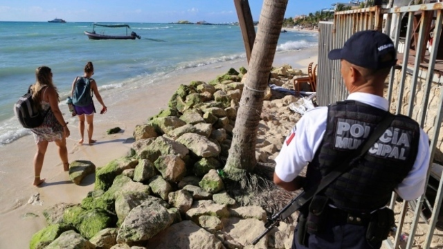 7 dead, 1 injured after shooting at bar in Mexican resort of Playa del Carmen