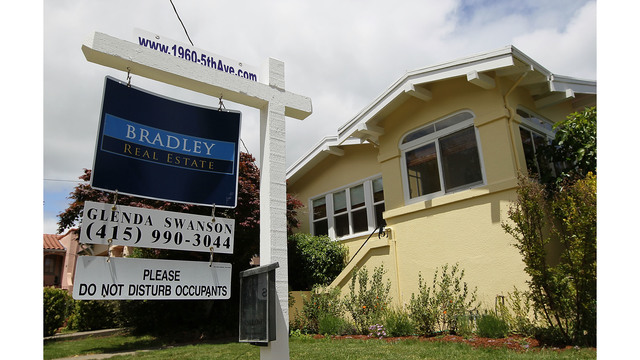 Growing number of married couples living with roommates to afford West Coast real estate