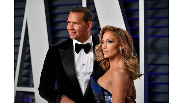 Jennifer Lopez and Alex Rodriguez are engaged! Her ring is massive